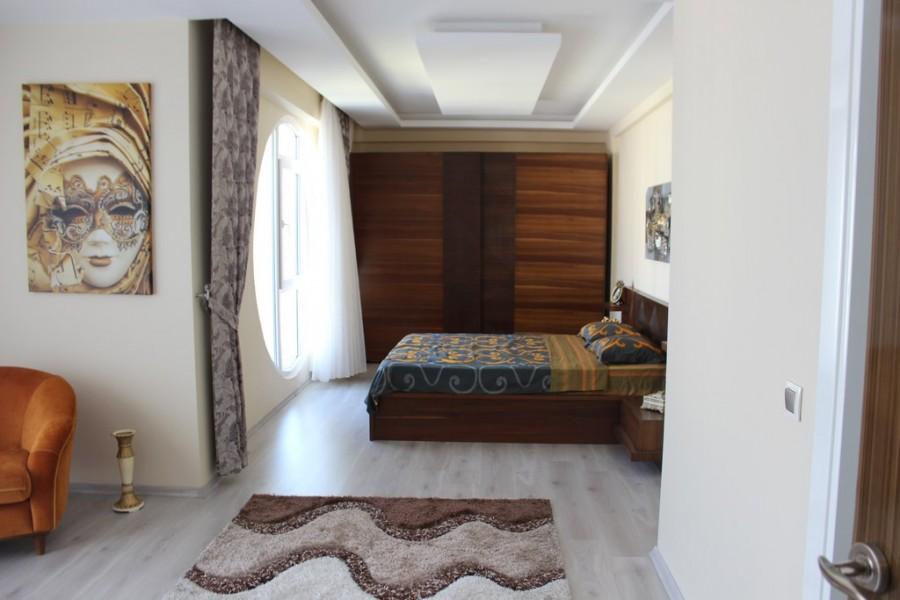 Как выглядит квартира богатого иракца в Турции?
