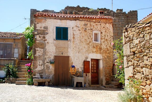 Купите себе деревню по цене квартиры