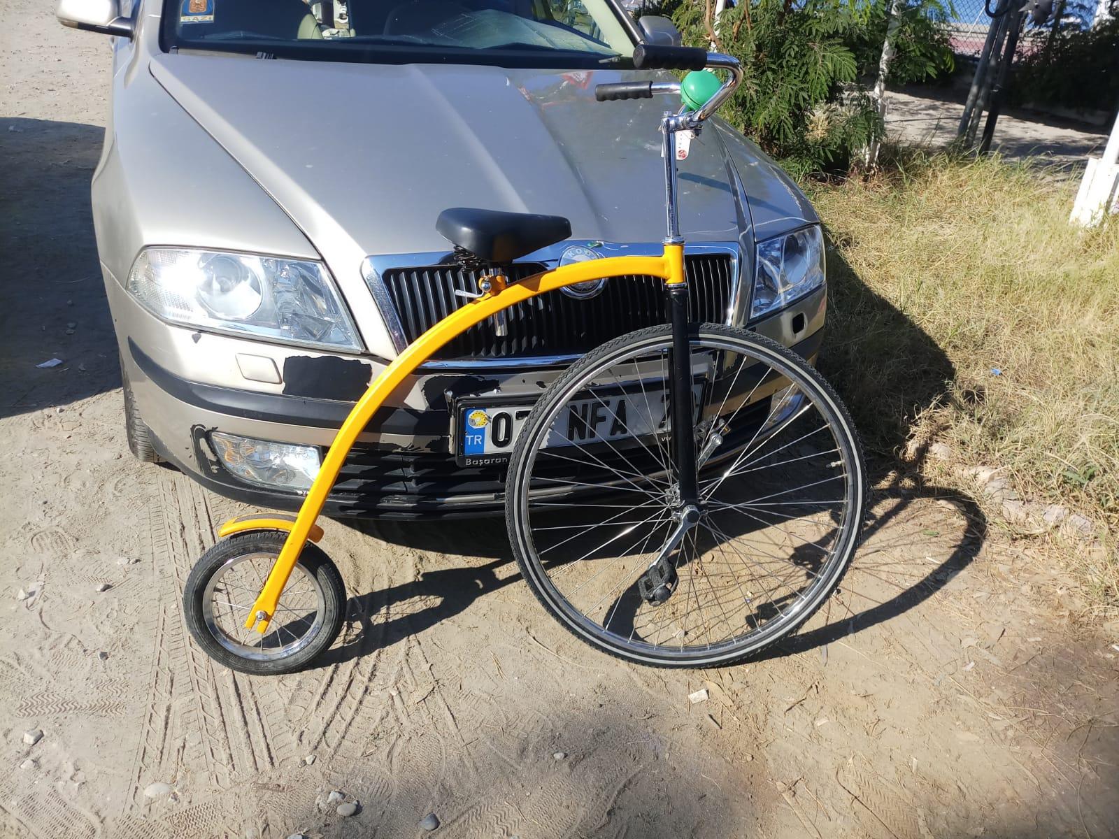 Винтажный велосипед из Голландии